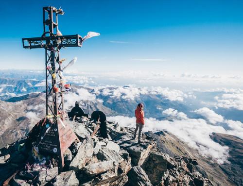 Giro del Viso e Monte Viso, in cima alla seconda vetta del Piemonte