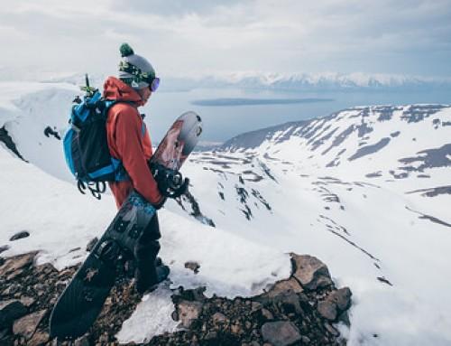 In Islanda sulla neve e con una spliboard sotto i piedi
